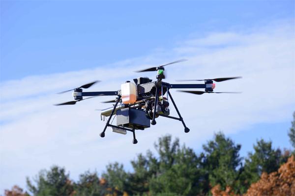 Top Flight Technologies berspesialisasi dalam sistem tenaga listrik hibrida dan teknologi otonom sepenuhnya untuk UAV. - HYUNDAI
