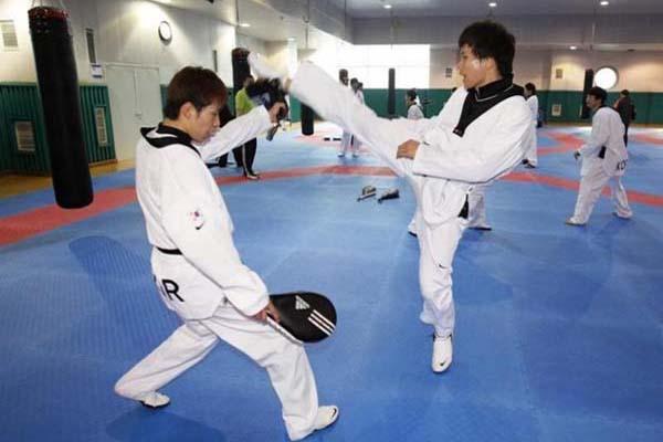 Ilustrasi latihan taekwondo - Reuters