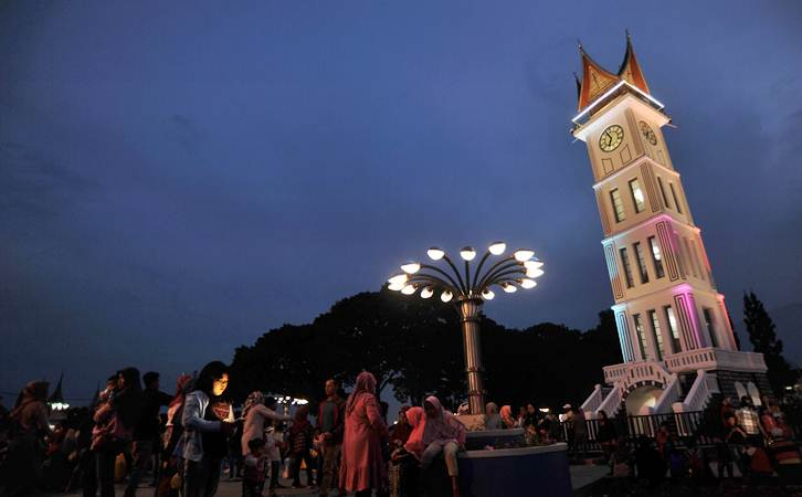 Kota Bukittinggi, Sumatra Barat, menjadi satu-satunya daerah di Sumatra Barat yang siap menjalani kenormalan baru./Antara - Iggoy el Fitra
