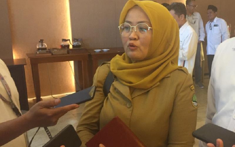 Kepala Biro BUMD dan Investasi Noneng Komara Nengsih - Bisnis/Wisnu Wage