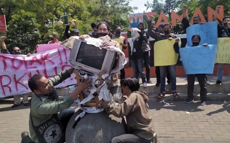 Ilustrasi aksi mengecam kekerasan terhadap pers. - Antara