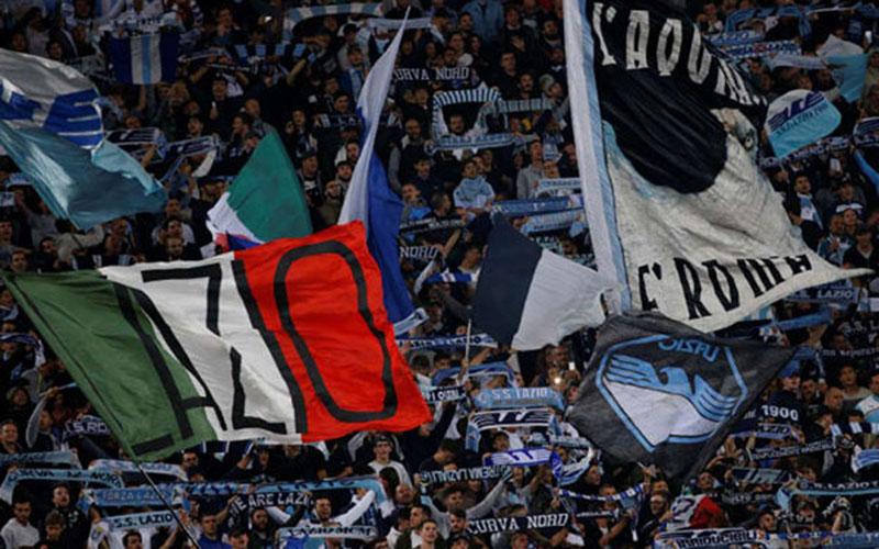 Suporter Lazio/Reuters - Ciro de Luca