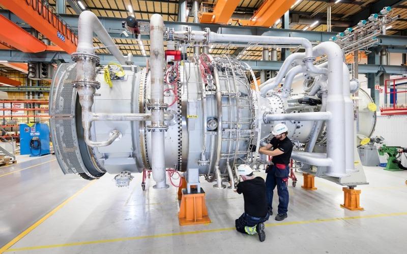Empat turbin gas industri SGT-800 memungkinkan adanya penghematan biaya dalam perluasan kilang Balikpapan. Istimewa - Siemens
