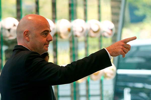 Presiden FIFA Gianni Infantino - Reuters/Arnd Wiegmann