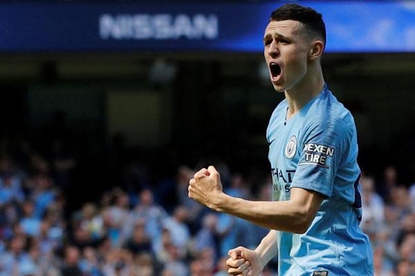 Gelandang Manchester City Phil Foden. - Reuters/Phil Noble
