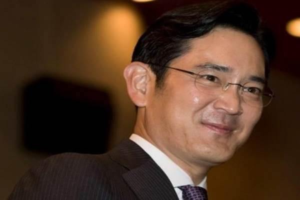 Wakil Pemimpin Grup Samsung Lee Jae-yong dijatuhi vonis lima tahun penjara karena kasus suap yang melibatkan mantan presiden Korea Selatan Park Geun-Hye. - Reuters