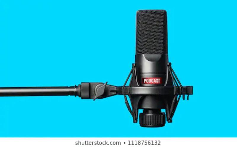 ilustrasi podcast.  - Shutterstock