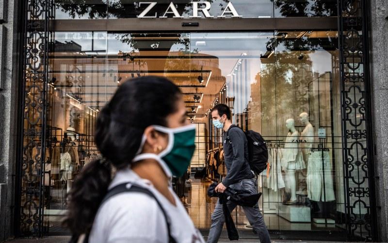 Toko Zara, salah satu brand andalan Inditex. Perusahaan asal Spanyol ini  mengumumkan rencana untuk menginvestasikan 900 juta euro (US1 miliar) per tahun hingga 2022 di tengah pandemi virus corona (covid-19). - Bloomberg
