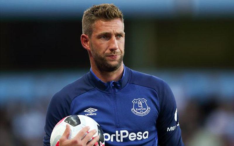 Penjaga gawang Everton Maarten Stekelenburg - Liverpool Echo