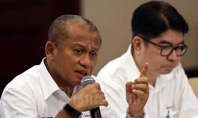 Direktur Utama PT Bukit Asam Tbk. (PTBA) Arviyan Arifin memberikan keterangan saat paparan kinerja di Jakarta, Rabu (4/3/2020). Bisnis - Eusebio Chrysnamurti