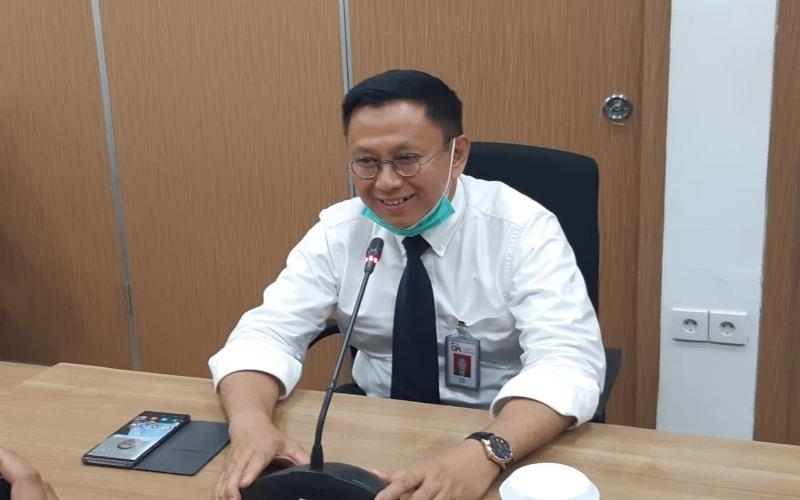 Kepala OJK Riau Yusri menjelaskan bahwa kondisi perbankan di Provinsi Riau masih terjaga di tengah Pandemi Covid-19, Senin (15/6/2020). - Bisnis - Dwi Nicken Tari