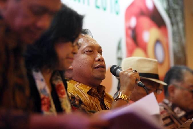 Ketua Umum Gabungan Pengusaha Kelapa Sawit Indonesia (Gapki) Joko Supriyono memberikan penjelasan mengenai refleksi industri kelapa sawit 2018 dan prospek 2019. di Jakarta, Rabu (6/2/2019). - Bisnis/Dedi Gunawan