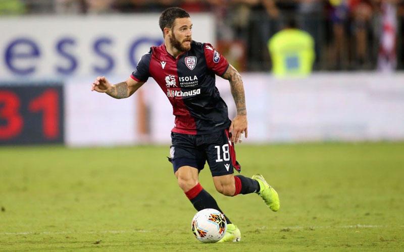Gelandang Cagliari Nahitan Nandez - Sempre Inter