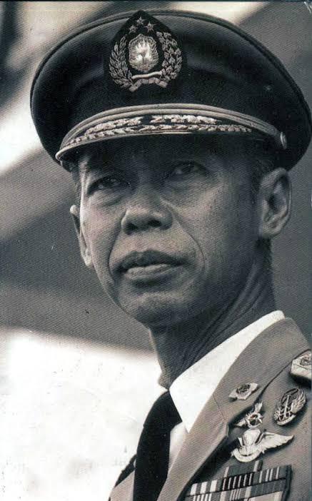 Jenderal Hoegeng - istimewa