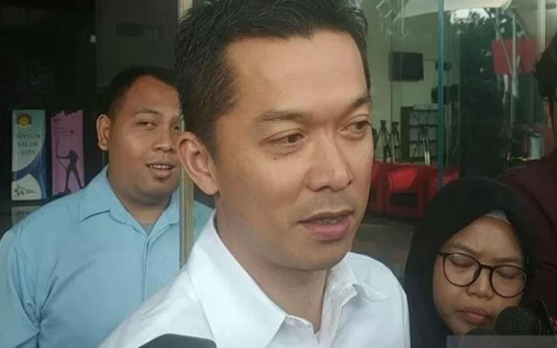 Mantan atlet bulu tangkis Indonesia Taufik Hidayat dimintai keterangan di gedung KPK. - Antara
