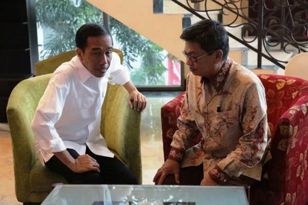 Gubernur Kalimantan Utara Irianto Lambrie dan Prsiden Joko Widodo - Istimewa