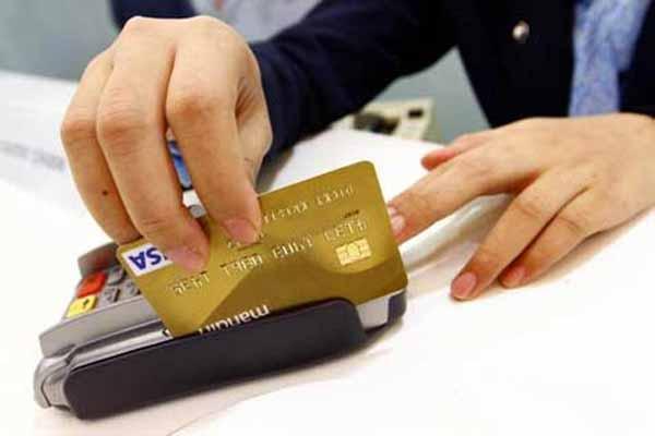 Ilustrasi kartu kredit - Bisnis.com