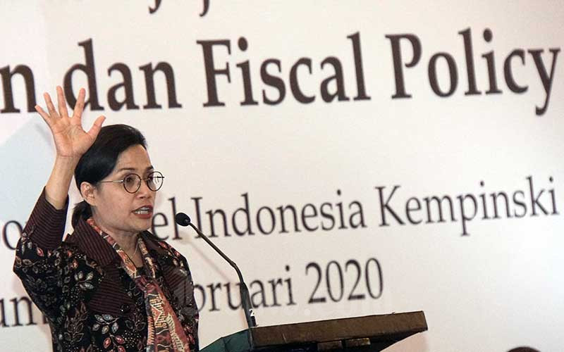 Menteri Keuangan Sri Mulyani Indrawati memberikan pemaparan dalam acara pertemuan bisnis bersama Kementerian Keuangan di Jakarta, Jumat (7/2/2020). Bisnis - Himawan L Nugraha