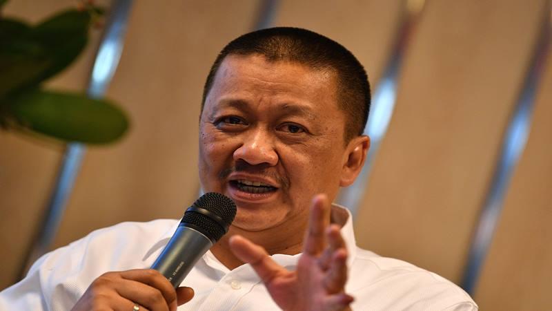 Direktur Utama PT Garuda Indonesia (Persero) Tbk Irfan Setiaputra menjadi narasumber diskusi bertema Semangat Baru Garuda di Kementerian BUMN, Jakarta, Jumat (24/1/2020). - Antara