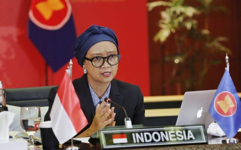 Menteri Luar Negeri Retno Marsudi berbicara dalam pertemuan Asean Political Security Community Council (APSC) ke-35 yang dihelat secara virtual, Rabu (24/6/2020) - Dok./Kemenlu