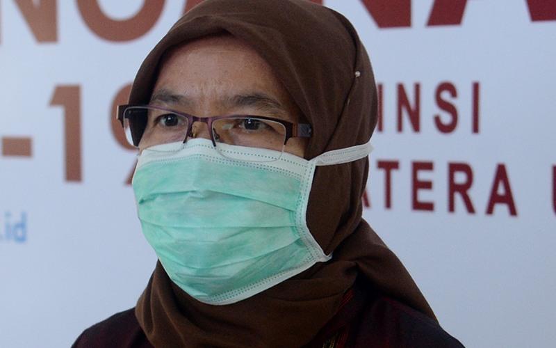 Sekretaris Daerah Provinsi Sumatra Utara (Sumut) R Sabrina usai rapat persiapan pelaksanaan Hari Raya Idulfitri 1441 H sesuai protokol kesehatan, Medan, Jumat (22/5). - Dokumen Humas