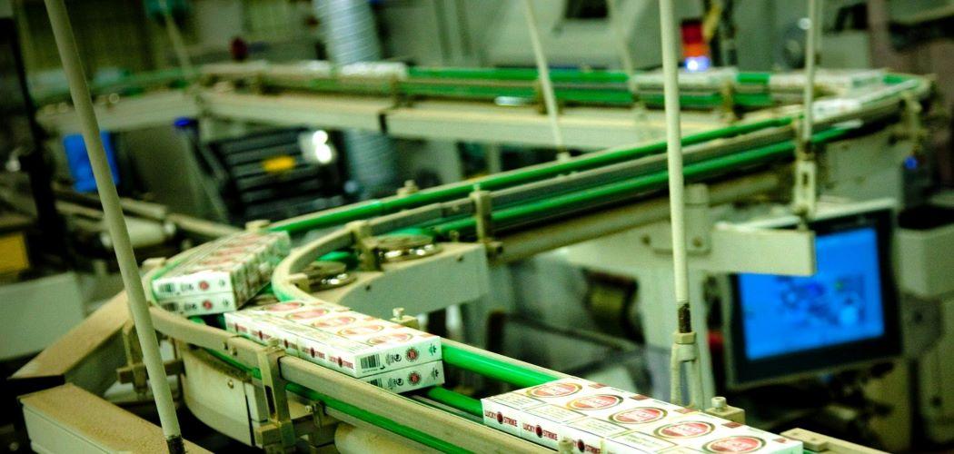 Produk British American Tobacco (BAT). - Bloomberg / Thomas Langer
