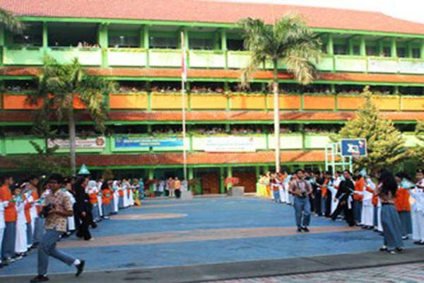Sekolah di Jakarta - Beritajakarta.com