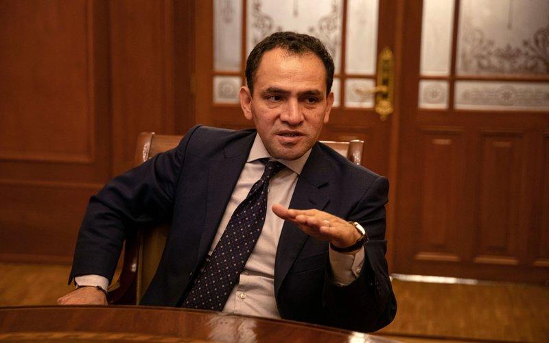 Menteri Keuangan Meksiko Arturo Herrera positif terjangkit virus Corona - Bloomberg