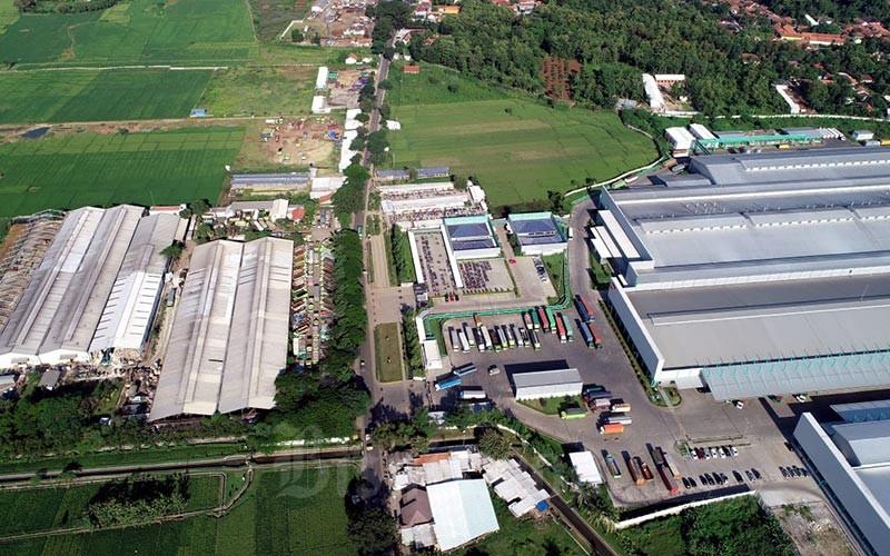 Ilustrasi kawasan pabrik difoto dari udara. - Bisnis/Rachman