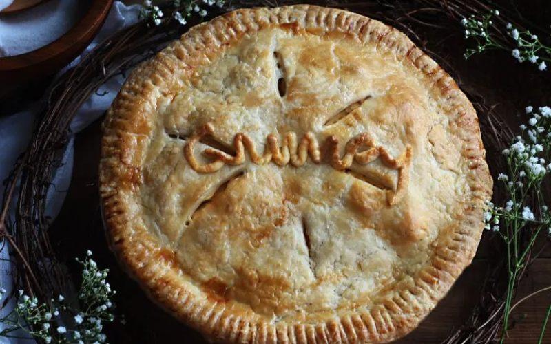 Resep Gooseberry Pie, yang pernah dibikin oleh Putri Salju salam film Disney. - Feastofstarlight\n