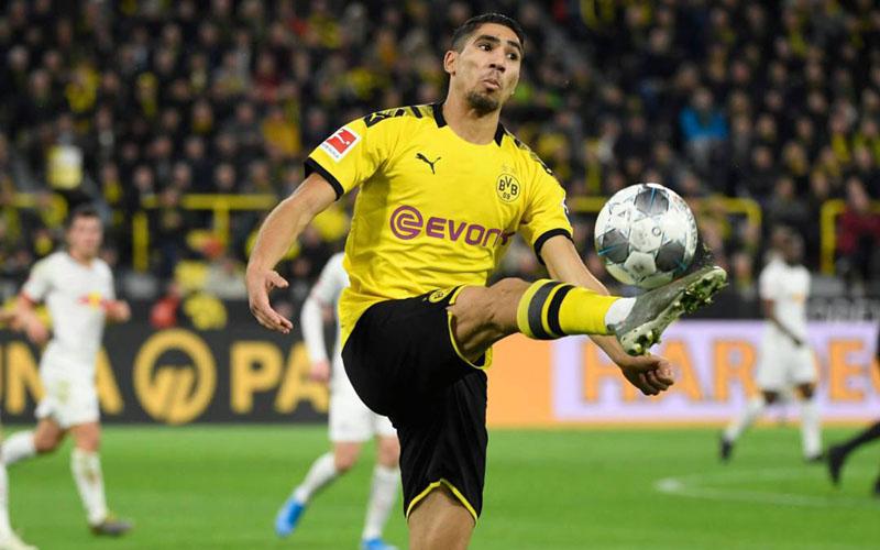 Bek sayap Borussia Dortmund Achraf Hakimi Mouh - AS