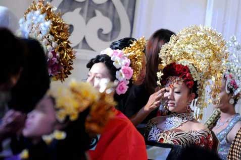 Ilustrasi rias pernikahan.