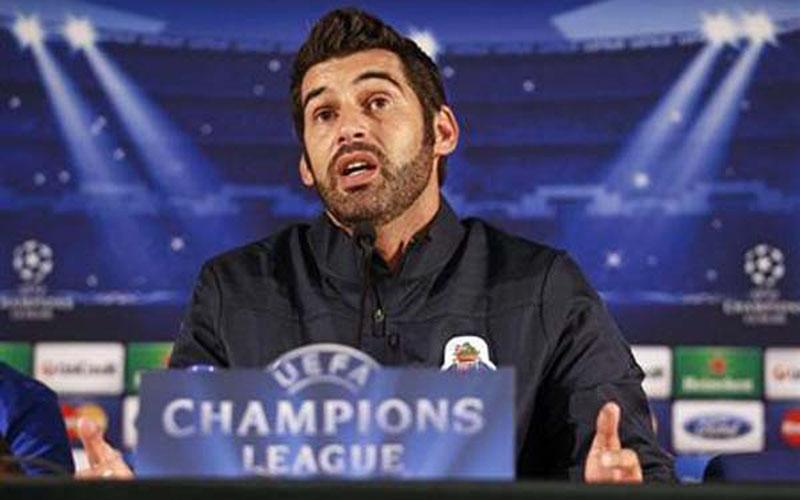 Pelatih AS Roma Paulo Fonseca./Reuters - Jose Manuel Ribeiro