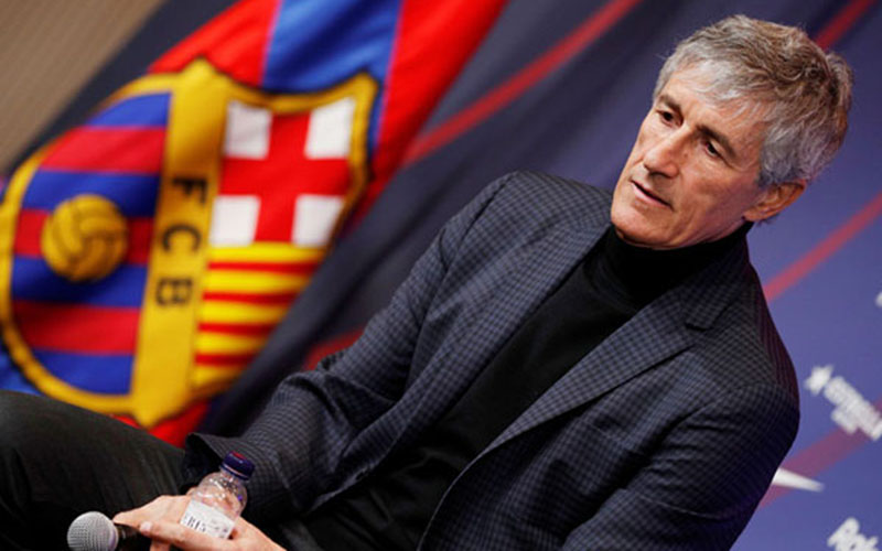 Pelatih FC Barcelona Quique Setien Solar/Reuters - Albert Gea