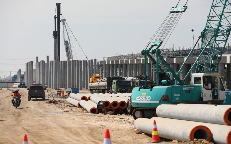Pembangunan jalan tol Semarang Demak seksi II.
