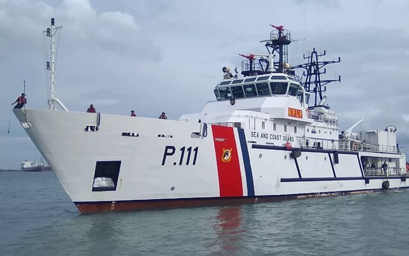 Kapal KN Trisula P.111 dari Kesatuan Penjagaan Laut dan Pantai (KPLP) yang dikerahkan untuk patrol persiapan traffic separation scheme (TSS) Selat Sunda dan Selat Lombok. / Dok. Ditjen Perhubungan Laut