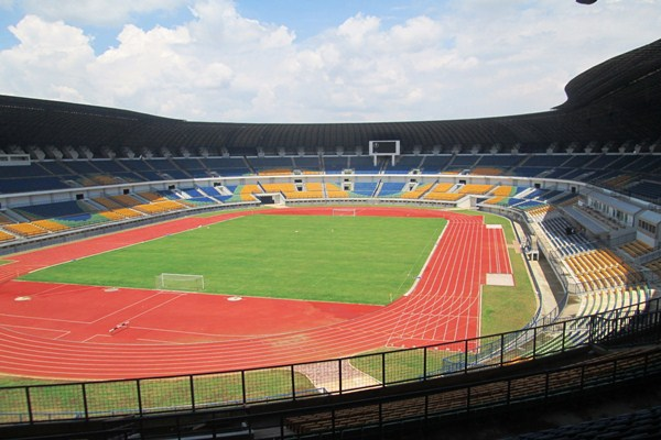 Stadion Gelora Bandung Lautan Api. - en.wikipedia.org