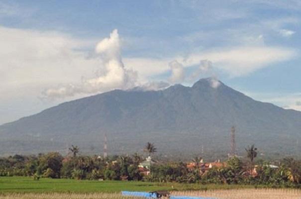 Gunung Salak - Antara