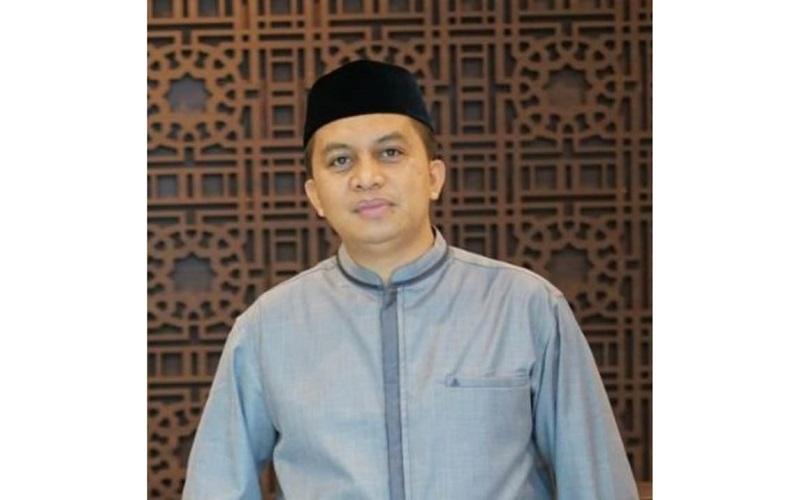 Regional CEO Bank Muamalat Indonesia (BMI) Kantor Wilayah Sulampua Ahmad S. Ilham