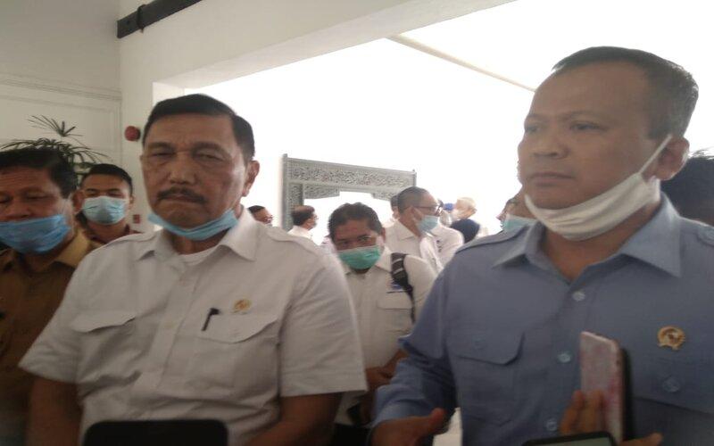 Menteri Koordinator (Menko) Bidang Kemaritiman dan Investasi, Luhut Binsar Panjaitan dalam kunjungan kerjanya ke Batam pada Kamis (2/7/2020). - Bisnis/Bobi Bani.