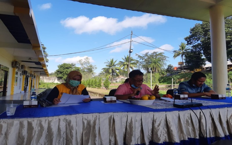 Kepala BBPJN Sumsel Kgs Syaiful Anwar memberi keterangan terkait dengan penggunaan aspal karet di Sumsel, beberapa waktu lalu. - Bisnis/Dinda Wulandari.