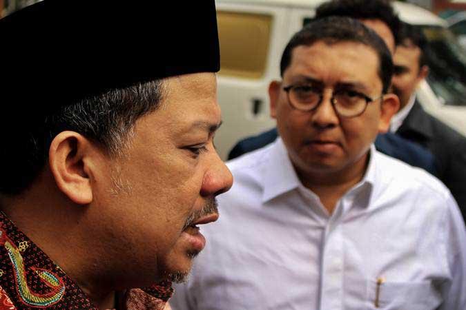 Fahri Hamzah (kiri) dan Wakil Ketua Umum Partai Gerindra Fadli Zon - ANTARA/Putra Haryo Kurniawan