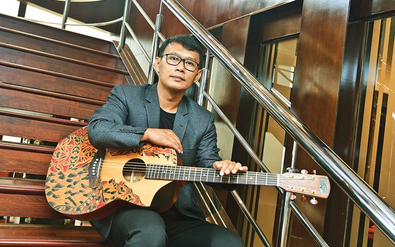 Founder Batiksoul Guitars Guruh Sabdo Nugroho - Ist