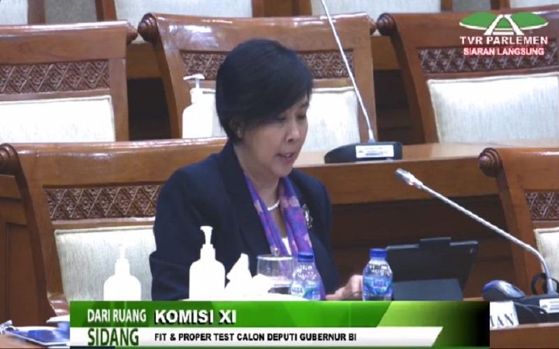 Calon Deputi Gubernur Bank Indonesia Aida S. Budiman menjalani proses uji kelayakan di Komisi XI, Selasa (7/7 - 2020). (Livestreaming TV DPR)