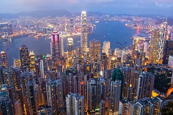 China mengukuhkan kehadirannya di Hong Kong dengan membuka kantor markas keamanan di wilayah tersebut. - telegraph.co.uk
