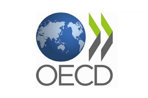 OECD mencatat dari 109 yurisdiksi yang dicakup, 21 negara memiliki pajak perusahaan tarif sama dengan atau di atas 30 persen pada 2020 dengan India memiliki tarif pajak perusahaan tertinggi yakni 48,3 persen. -  OECD