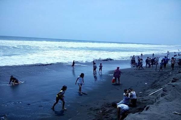 Pantai Glagah di Kabupaten Kulon Progo. - tripadvisor