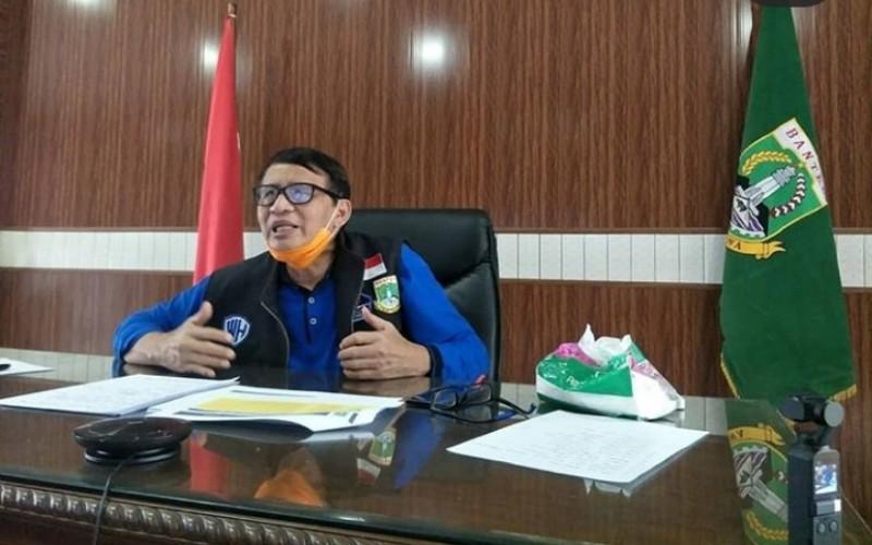 Gubernur Wahidin Halim saat telekonferensi