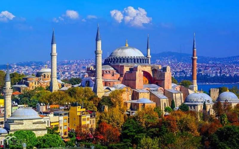 Museum Hagia Sophia yang dialihfungsikan menjadi masjid di Turki - Istimewa