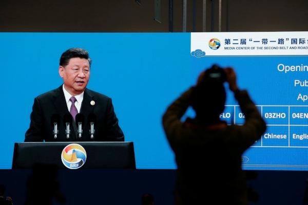 Presiden China Xi Jinping menyampaikan pidatonya dalam pembukaan Belt and Road Forum (BRF) kedua di Beijing, China, Jumat (26/4/2019). - Reuters/Jason Lee